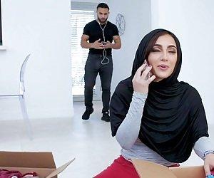 Naked Arab Girls